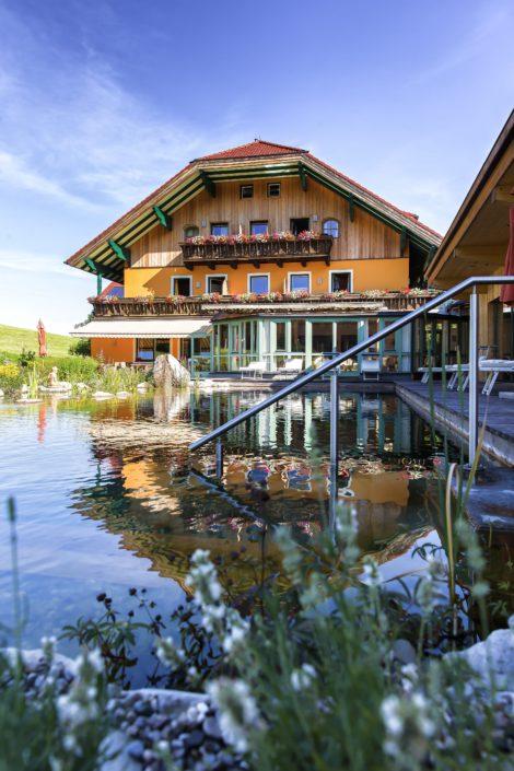 Bio- & Fastenhotel Sommerau m. Naturbadeteich